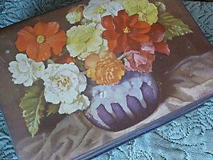 Vintage Floral Tin 011