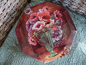 Vintage Floral Tin 022