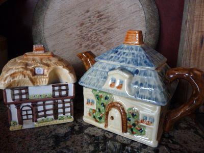 Teapot&SugarBowl