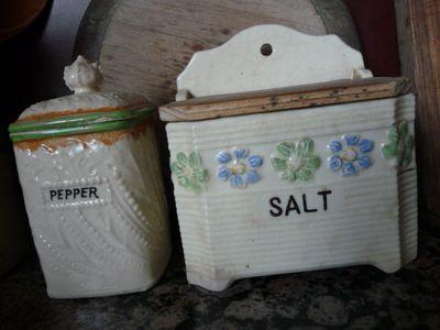 SaltBox&PepperJar