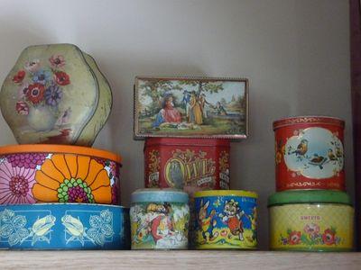 Vintage tins 016