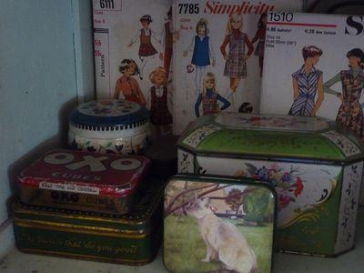 Vintage tins 009