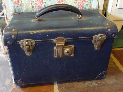 Vtt~suitcases 005