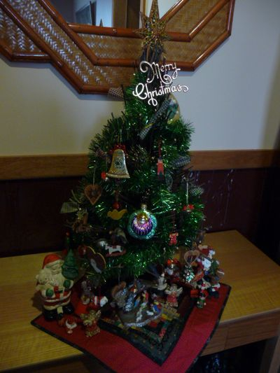 Vtt ~ Christmas ornies 011