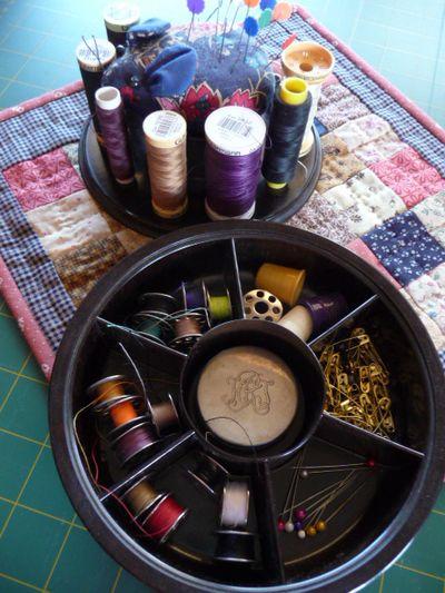 Vtt ~ bakelite sewing organizer 007