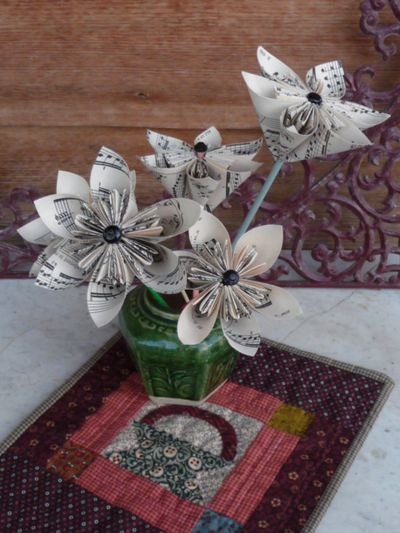 Robyn's Paper Flowers