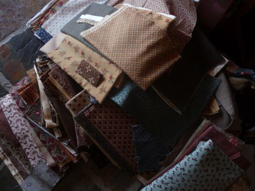 Untidy studio (4)