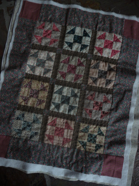 Shoo-Fly Doll Quilt (1)