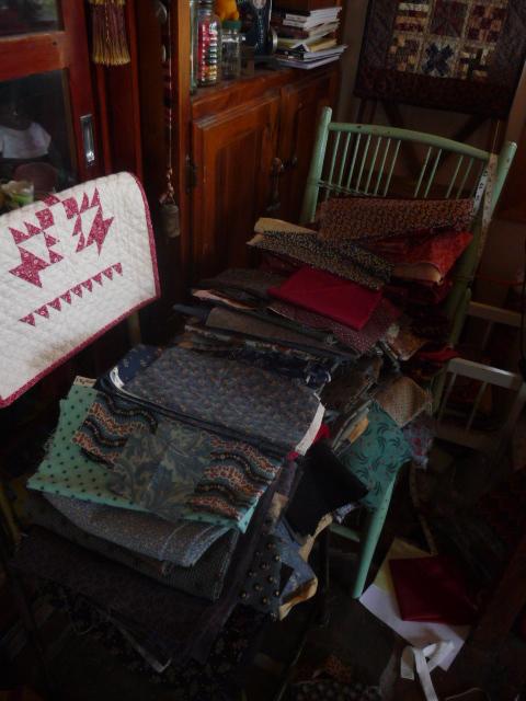 Untidy studio (1)