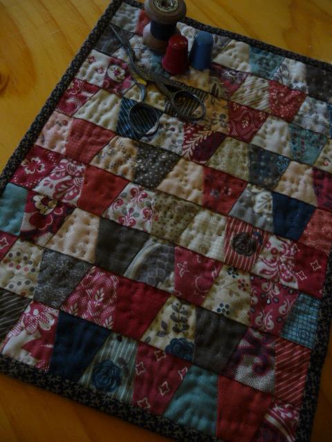#13~Thimble Quilt (1)