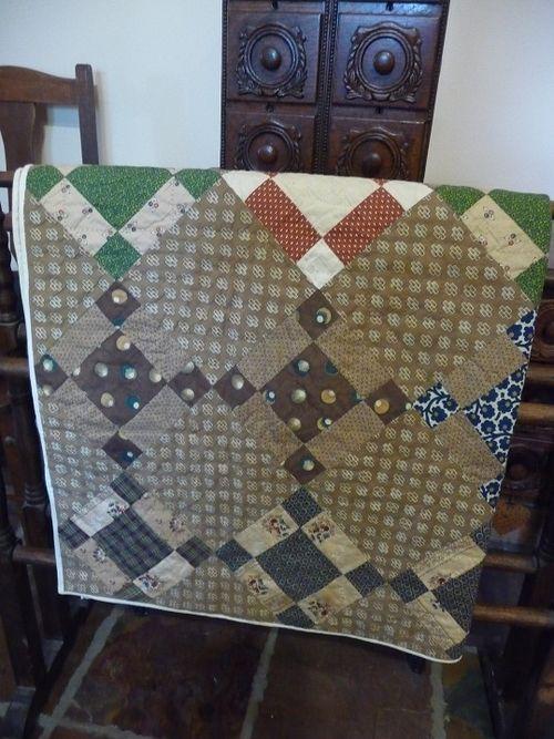 Antique Crib Quilt (3)