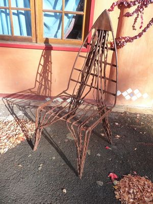 Rusty sculpture - Hepburn Springs