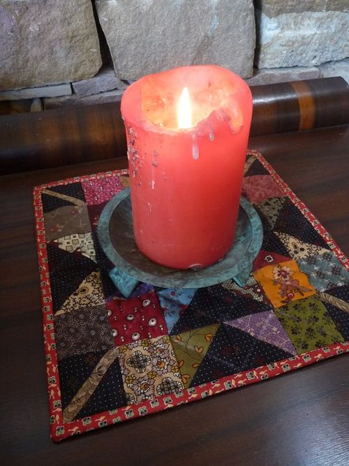 Maple leaf candle mat (4)
