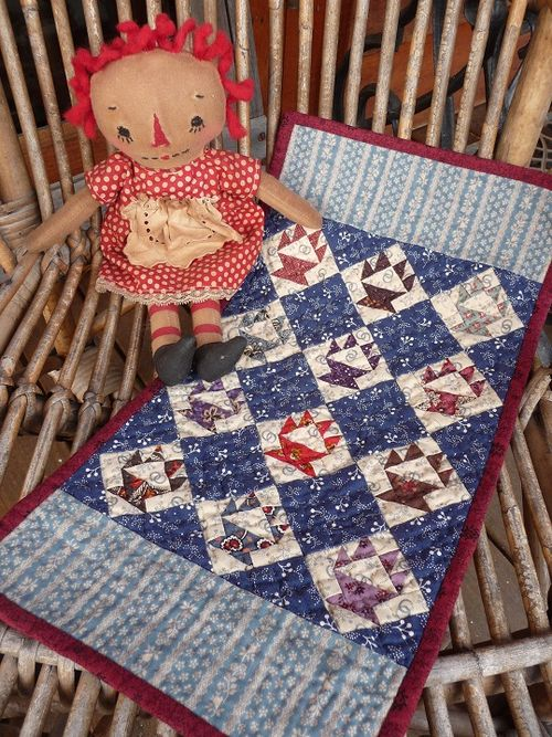 Doll quilt for Sue