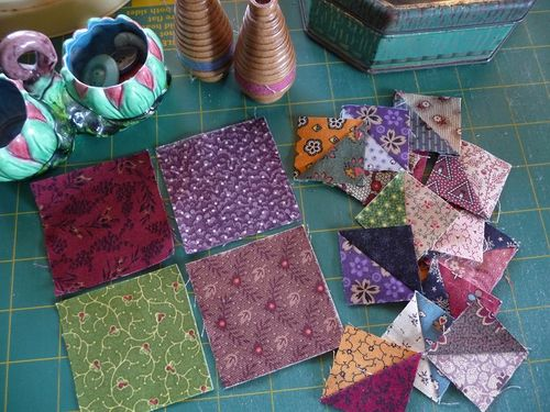 SQ Challenge Jan2014~Bear's Paw Quilt (1)