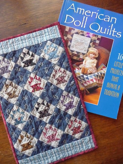 Tiny baskets doll quilt