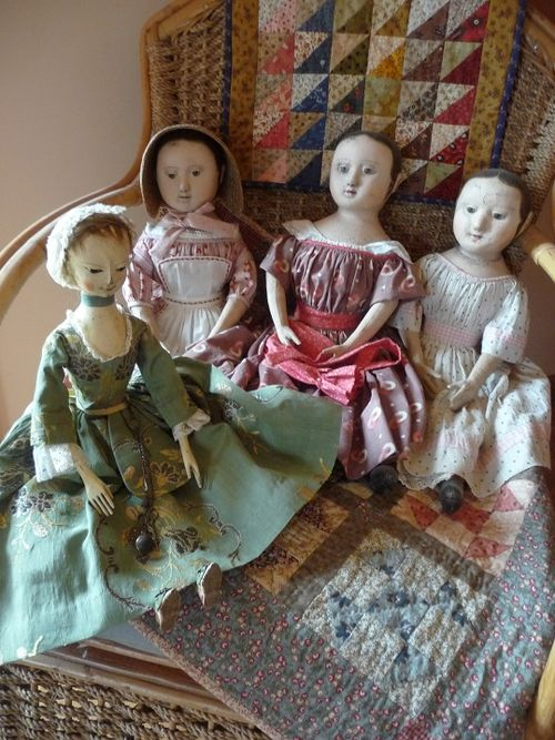 Justine meets the Izannah sisters