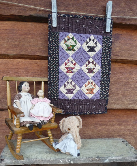 Tiny baskets quilt for Helen