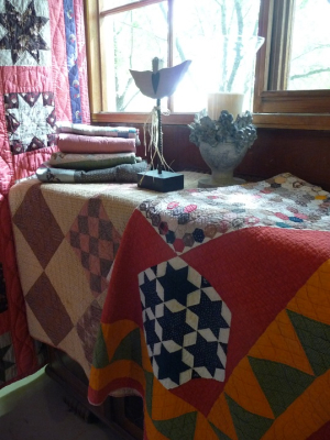 A Celebration of Antique Quilts (6)