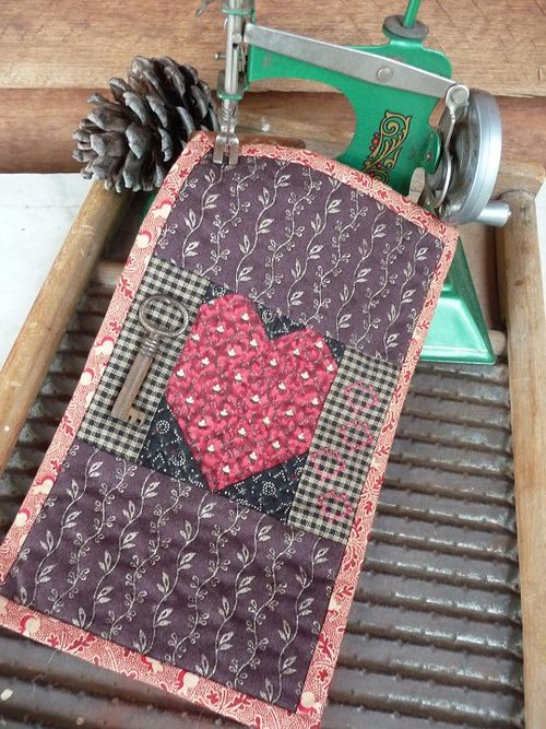 Mini prim Valentine quilt  & my Little Betty