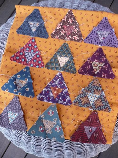12 mini pyramids