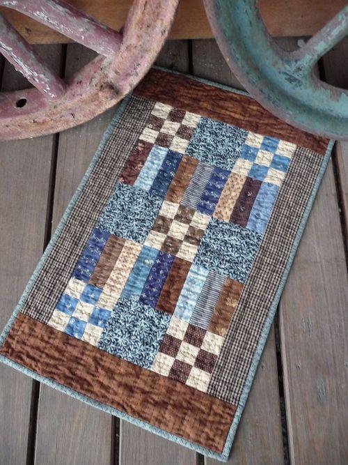 Prim 9-patch quilt  (1)