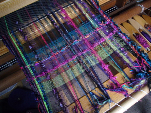 Weavingcommences_2